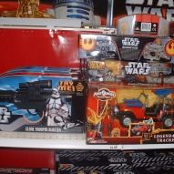 501st_at_toys_r_us__09-16-2006__007