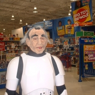 501st_at_toys_r_us__09-16-2006__009